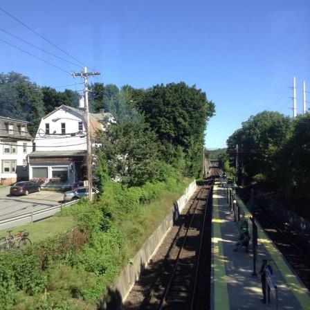 Katonah_TrainStation.jpg
